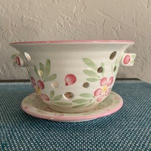 Painted Ceramic Mini Colander Set - EUC